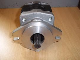 TCM HYDRAULIC PUMP (LS4325)