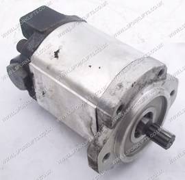 USED TOYOTA HYDRAULIC PUMP (LS2538)