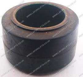 HYSTER PRESS ON TYRE (LS4509)