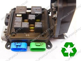 USED HYSTER FUSE BOX (LS4915)