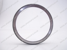 doosan genuine tapered bearing cap