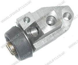WHEEL BRAKE CYLINDER R/H (LS2238)