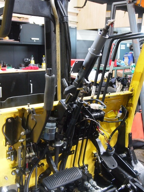 HYSTER FORTENS REFIT mast and steering controls