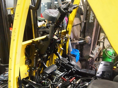HYSTER FORTENS REFIT LH mast and steering controls